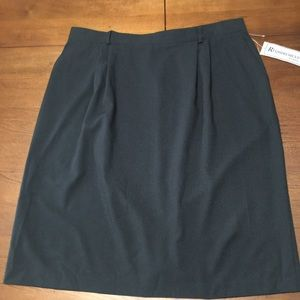 Requirements Black Skirt - Size 26W